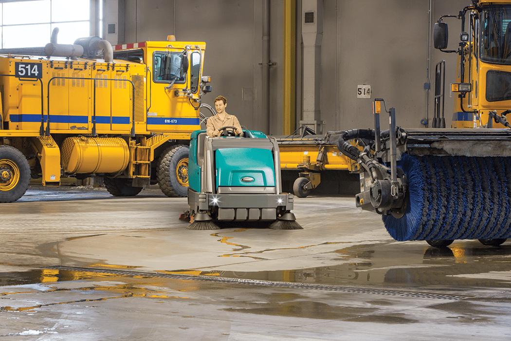 matériel de nettoyage professionnel autoporté M17