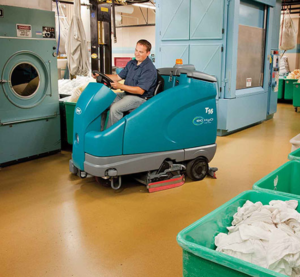matériel de nettoyage professionnel T16